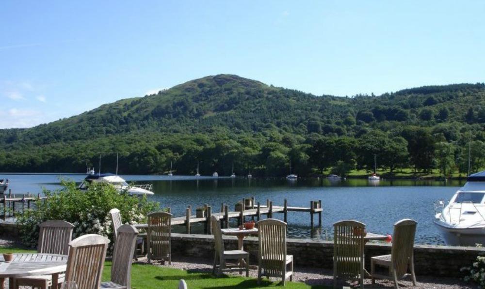 Lakeside Hotel gardens