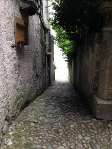 Enjoy Italian villages with SwimQuest
