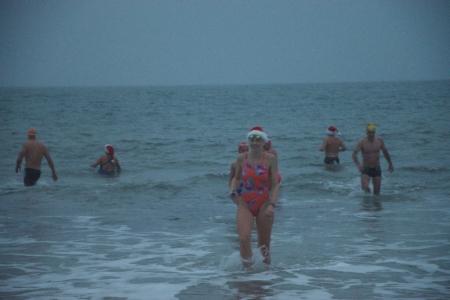 Christmas swimmers - SwimQuest