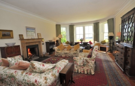 Drawing Room at Traigh House SwimQuest Holidays