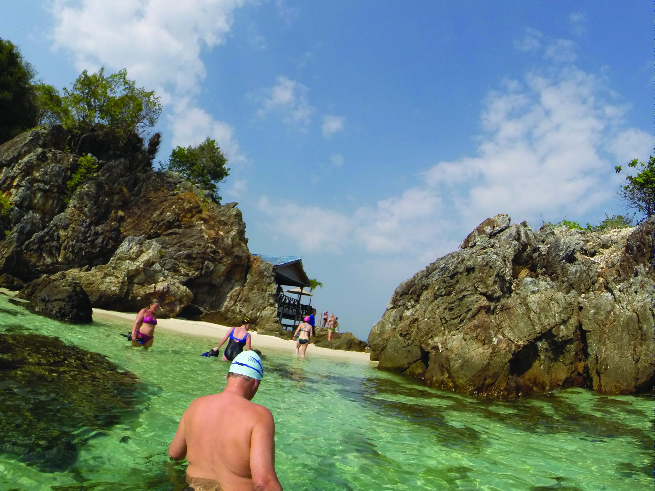 THAILAND SWIMQUEST HOLIDAYS