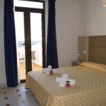 Standard Twin Room Roca Bella